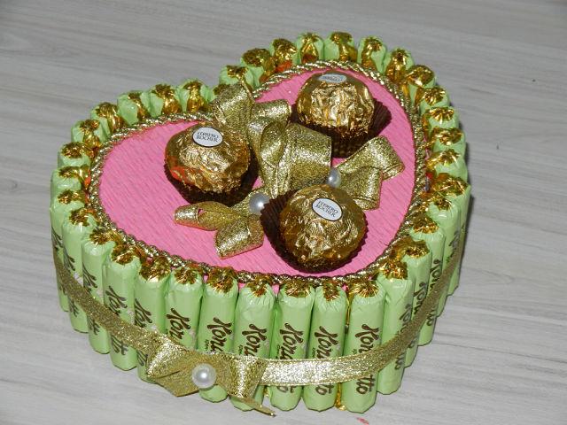 Торты из конфет своими руками фото пошагово